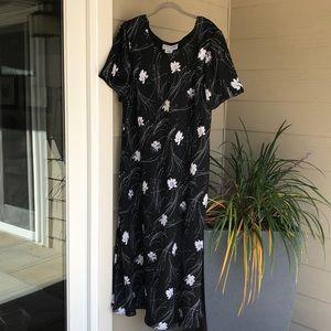 Women's black dress, size 22 Tall
